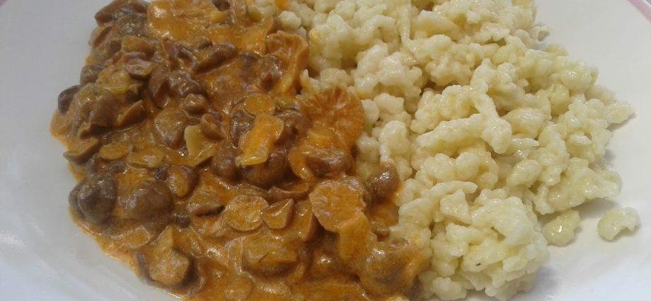 gombapörkölt gluténmentesen, gombapaprikás rizsliszttel