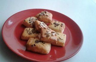 gluténmentes sós sütemény
