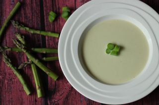 gluténemnets leves, krémleves, spárga recept