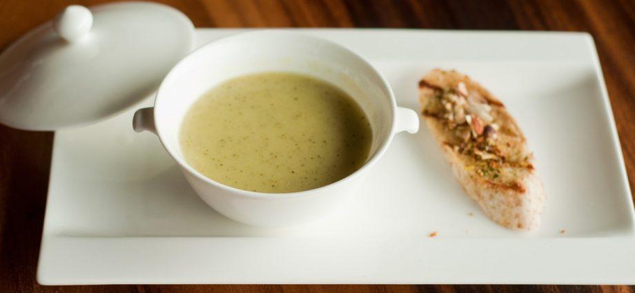 gluténmentes zellerkrémleves tejszínnel