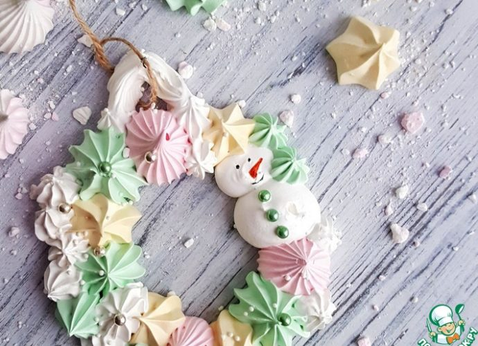 karácsonyi habcsók díszek, karácsonyi dekorációk tojáshabból