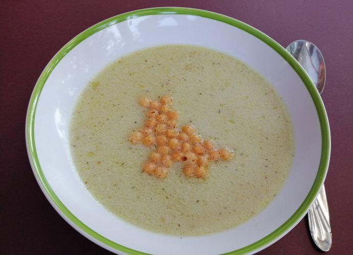 gluténmentes leves, fokhagymakrémleves